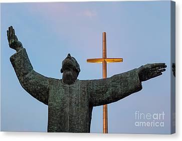 Father Francisco Lopez De Mendoza Grajales Statue At Sunset Mission Nombre De Dios St. Augustine Fl Canvas Print by Dawna  Moore Photography