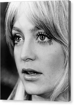 Goldie Hawn In Shampoo  Canvas Print by Silver Screen
