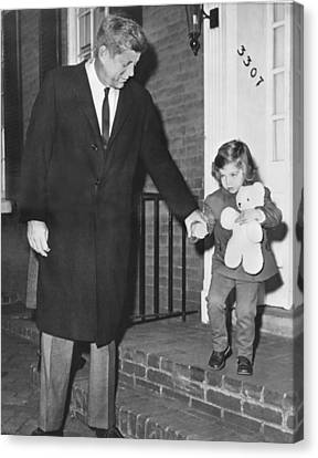 Kennedy And Daughter Caroline Canvas Print by Underwood Archives