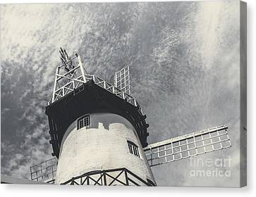 Old-fashioned Australian Windmill Architecture Canvas Print by Jorgo Photography - Wall Art Gallery