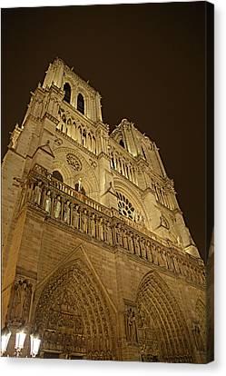 Paris France - Notre Dame De Paris - 011311 Canvas Print by DC Photographer