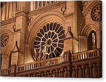 Paris France - Notre Dame De Paris - 01134 Canvas Print by DC Photographer