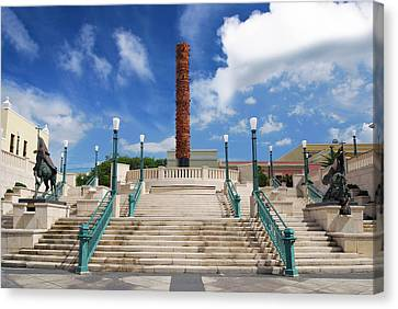Puerto Rico, San Juan, Plaza Del Quinto Canvas Print by Miva Stock