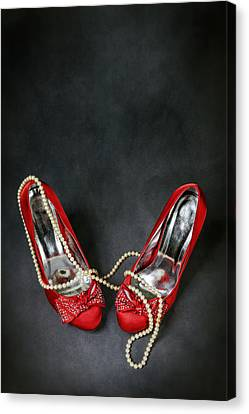 Red Shoes Canvas Print by Joana Kruse