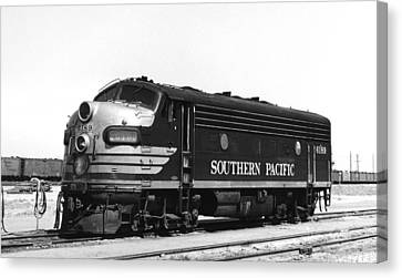 Southern Pacific Locomotive Canvas Print by Underwood Archives
