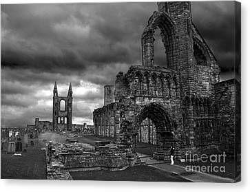 St Andrews Cathedral And Gravestones Canvas Print by RicardMN Photography