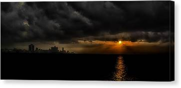 Sunset In Havana Canvas Print by Erik Brede