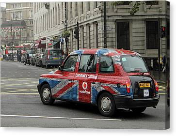 Taxi Please Canvas Print by Stefan Kuhn