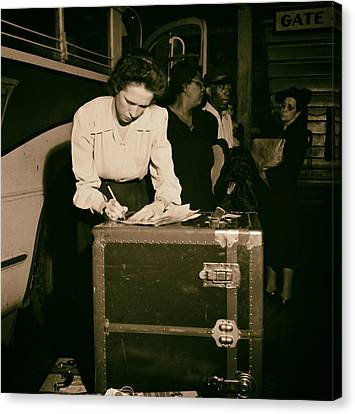 Tennessee Coach Company Baggage Agent Knoxville 1943 Canvas Print by Mountain Dreams