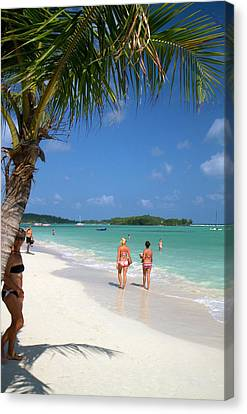 The Gulf Of Thailand At Chaweng Beach Canvas Print by David R. Frazier