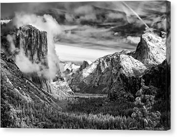 Tunnel View In Yosemite Canvas Print by Alexis Birkill