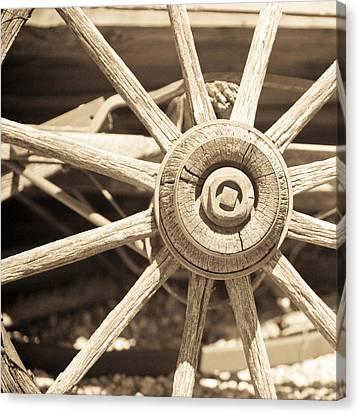 Wagon Wheel Canvas Print by Gilbert Artiaga