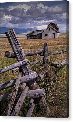 Wood Fence With John Moulton Farm  Canvas Print by Randall Nyhof