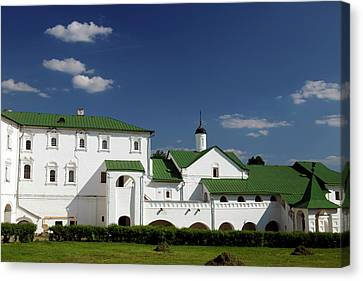 Europe, Russia, Suzdal Canvas Print by Kymri Wilt