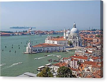 Venice. Italy. Canvas Print by Fernando Barozza