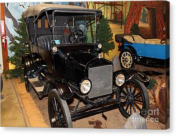 1917 Ford Model T Touring 5d25581 Canvas Print by Wingsdomain Art and Photography
