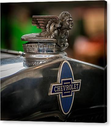 1931 Chevrolet Emblem Canvas Print by Paul Freidlund