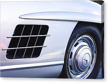 1957 Mercedes-benz 300 Sl Gullwing Wheel Emblem Canvas Print by Jill Reger