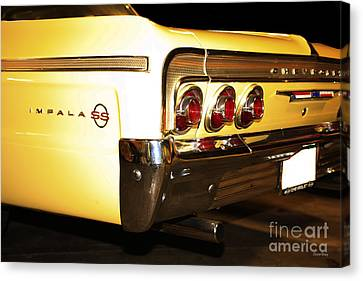 1962 Chevrolet Impala Ss Canvas Print by Cheryl Young