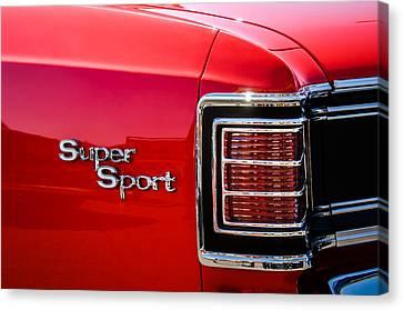 1967 Chevrolet Chevelle Ss Taillight Emblem -0459c Canvas Print by Jill Reger