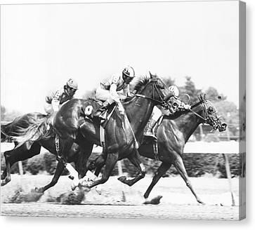 1976 Rockingham Park Vintage Horse Racing Canvas Print by Retro Images Archive