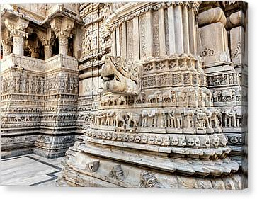 Bas Relief Jagdish Temple Udaipur Canvas Print by Tom Norring