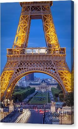 Eiffel Tower At Twilight Canvas Print by Brian Jannsen