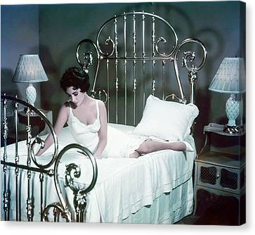Elizabeth Taylor In Cat On A Hot Tin Roof  Canvas Print by Silver Screen
