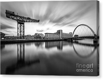 Finnieston Crane Glasgow Canvas Print by John Farnan