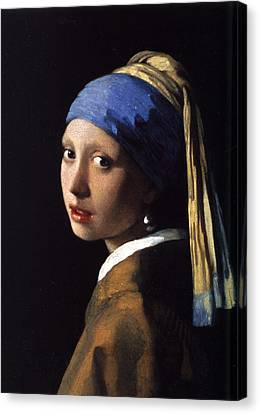 Girl With A Pearl Earring Canvas Print by Gift Factory