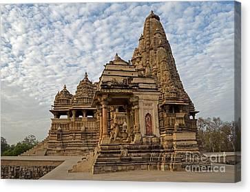 Kandariya Mahadeva Temple Khajuraho India Canvas Print by Rudra Narayan  Mitra