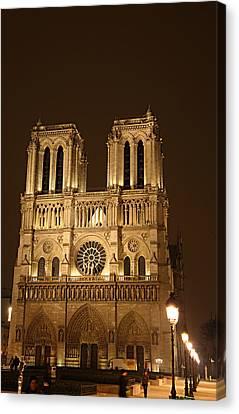 Paris France - Notre Dame De Paris - 01131 Canvas Print by DC Photographer