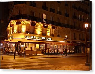 Paris France - Notre Dame De Paris - 01139 Canvas Print by DC Photographer