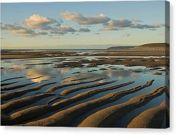 Saunton Sands Devon Canvas Print by Pete Hemington