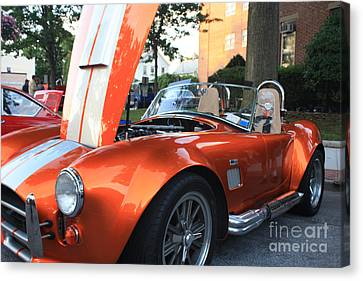 2009 Cobra Front And Side View Canvas Print by John Telfer