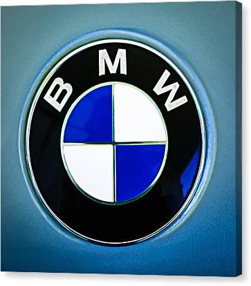 1972 Bmw 2000 Tii Touring Emblem Canvas Print by Jill Reger