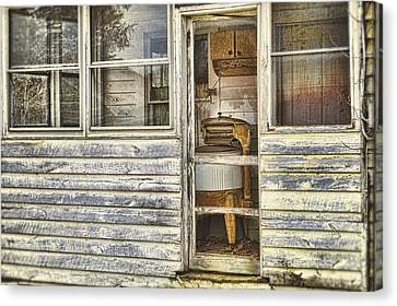 Wash Day Canvas Print by Kathy Jennings