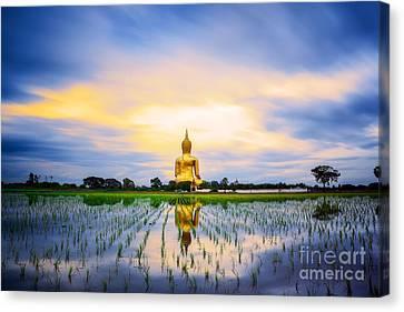 Wat Muang With Gilden Giant Big Buddha Statue Canvas Print by Anek Suwannaphoom