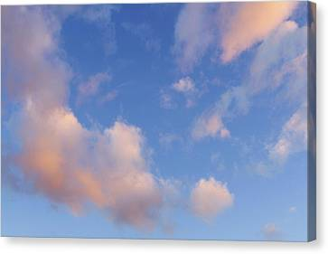 Bright Sky  Canvas Print by Les Cunliffe