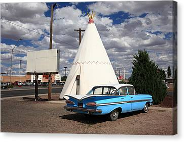 Route 66 - Wigwam Motel Canvas Print by Frank Romeo