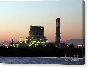 Power Station Canvas Print by Henrik Lehnerer