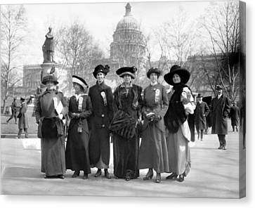 Suffragettes, 1913 Canvas Print by Granger