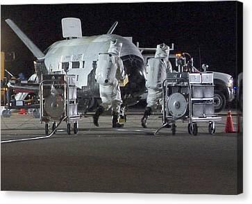 X-37b Orbital Test Vehicle, Post-landing Canvas Print by Science Source