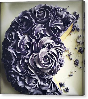 Cake Canvas Print by Les Cunliffe
