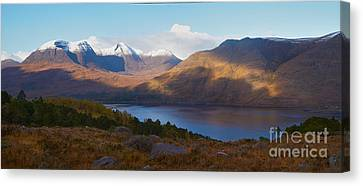Scottish Highlands Canvas Print by Duncan Andison