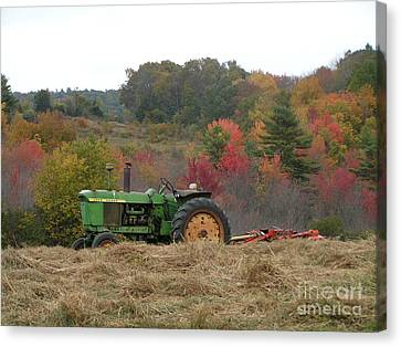 #924 D749 John Deere Tractor On Woodsom Farm In Amesbury Ma Canvas Print by Robin Lee Mccarthy Photography