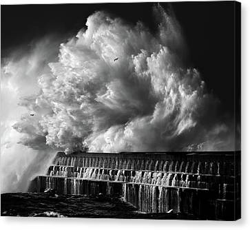 A Crashing Wave Canvas Print by Maciej Hermann