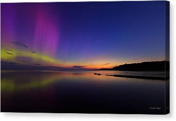 A Majestic Sky Canvas Print by Everet Regal