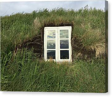 A Northern Iceland Turf Farmhouse South Canvas Print by Bill Marr