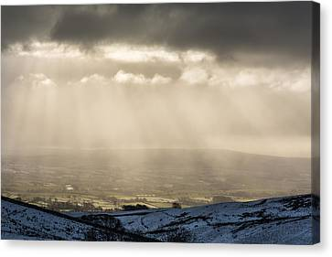 A View Over Ingleton. Canvas Print by Daniel Kay